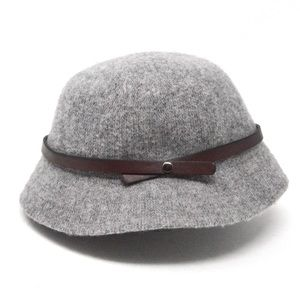 Women's Wool Leatherette Band Accented Bucket Hat